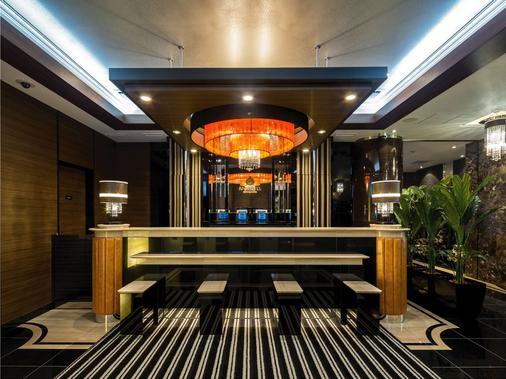 Apa Hotel Shinjuku Gyoen-Mae - Tokyo - Lobby