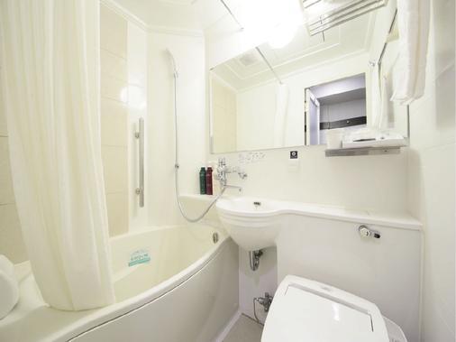 Apa Hotel Shinjuku Gyoen-Mae - Tokyo - Bathroom