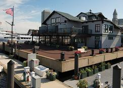 Boston Yacht Haven Inn & Marina - Boston - Building