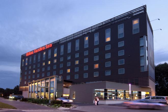 Hilton Garden Inn Krakow - Krakow - Building