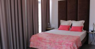 Day Off Suite&Hostel - Setúbal - Bedroom