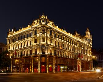 Buddha-Bar Hotel Budapest Klotild Palace - Budapest - Byggnad