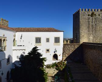 Pousada Castelo de Óbidos - Historic Hotel - Óbidos - Building