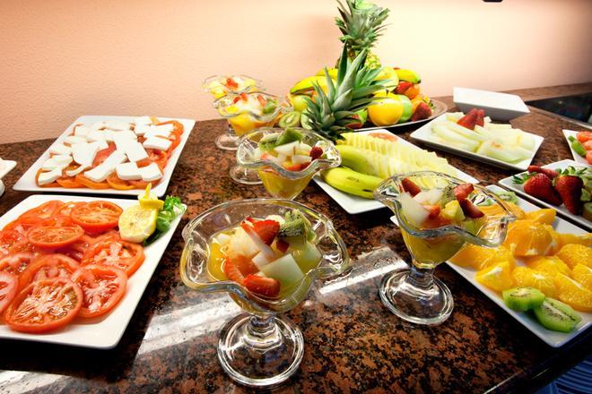 Hotel Monte Puertatierra - Cadiz - Food