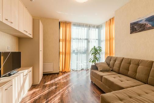 Aparthotel 'Pulkovo-Park' - Saint Petersburg - Living room