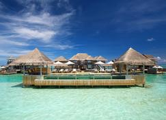 Gili Lankanfushi Maldives - Lankanfushi - Budynek