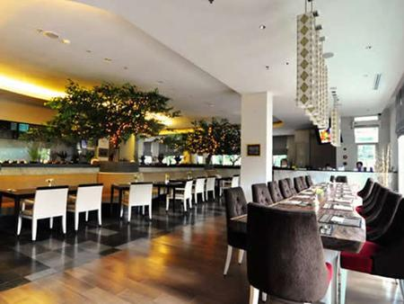 Puri Denpasar Hotel - South Jakarta - Restaurant
