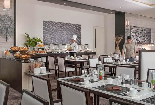 賽達艾巴爾薩酒店 - 達弗澳 - 達沃 - 自助餐
