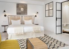 7 Islas Hotel - Madrid - Phòng ngủ