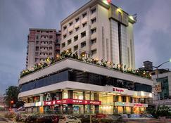 Hotel Deepa Comforts - Mangalore - Κτίριο