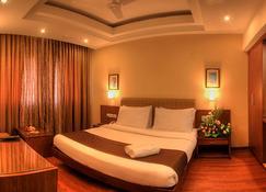 Hotel Deepa Comforts - 班加羅爾 - 臥室