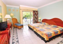 海星巴拉德羅酒店 - Varadero - 臥室