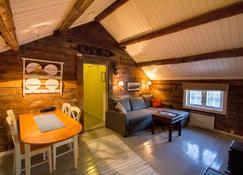 Svinøya Rorbuer - Svolvær - Living room