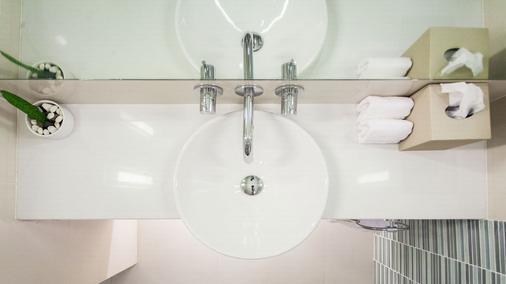 OZO Chaweng Samui - Ko Samui - Phòng tắm