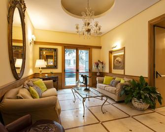 Grand Hotel Europa - Neapel - Wohnzimmer