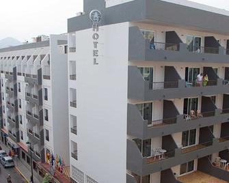 El Puerto Ibiza Hotel Spa - Ibiza - Building