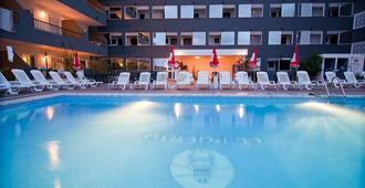 El Puerto Ibiza Hotel Spa - Ibiza - Piscina