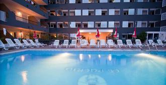 El Puerto Ibiza Hotel Spa - Thị trấn Ibiza - Bể bơi