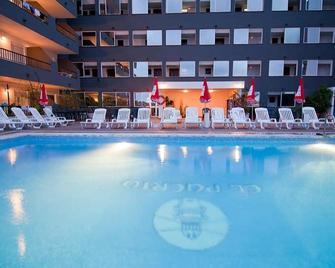 El Puerto Ibiza Hotel Spa - Eivissa - Pool
