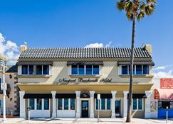 Newport Beach Hotel - Newport Beach - Edificio