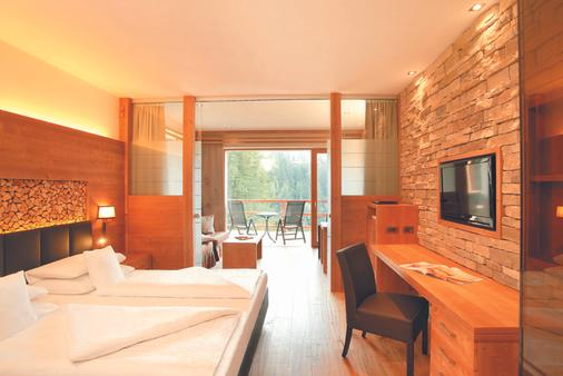Hotel Albion Mountain Spa Resort Dolomites - Ortisei - Bedroom