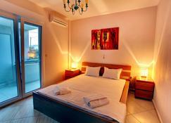 StayInn Villa Bellevue - Keramoti - Schlafzimmer