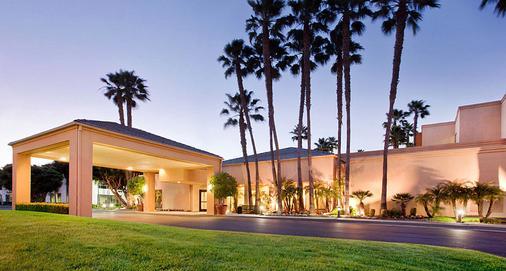 Courtyard by Marriott Los Angeles Torrance/South Bay - Torrance - Toà nhà