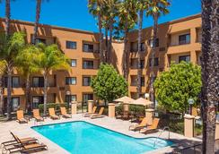 Courtyard by Marriott Los Angeles Torrance/South Bay - Torrance - Pool