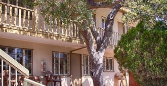 Carmel Lodge - Carmel-by-the-Sea - Building
