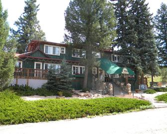Bears Inn Bed and Breakfast - Evergreen - Building