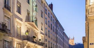 Hôtel des Artistes - Lyon - Bina
