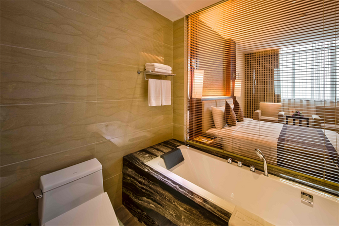 Muong Thanh Luxury Quang Ninh Hotel - Ha Long - Bathroom