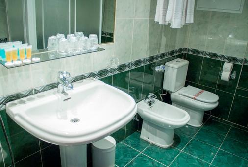歐羅巴港酒店 - 卡培 - 卡爾佩 - 浴室