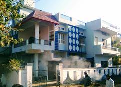 Jaiswal Homestay - Jabalpur - Gebouw
