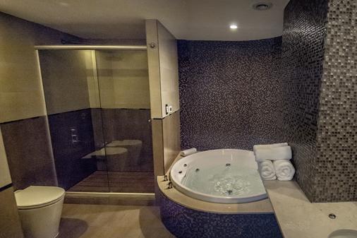 Amérian Puerto Rosario Hotel - Rosario - Bathroom