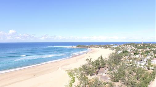 Mozambeat Motel - Praia do Tofo - Beach