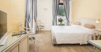 Hotel Spiaggia D'oro - Charme & Boutique - Saló - Habitación