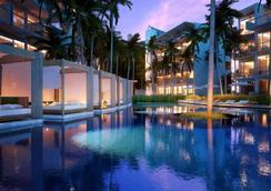 Dream Phuket Hotel & Spa - Bãi biển Bang Tao - Bể bơi