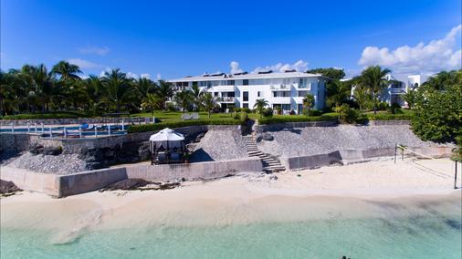 法蘭達酒店多斯普拉亞斯海灘別墅酒店 - 坎昆 - 坎昆 - 海灘