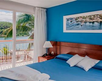 Cubanacan Hotel Versalles - Santiago de Cuba - Habitación