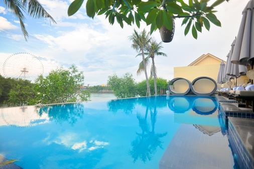 The Blossom Resort - Onsen & Foot Massage Inclusive - Da Nang - Πισίνα
