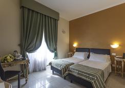 瑞吉娜焦萬娜酒店 - 羅馬 - 羅馬 - 臥室
