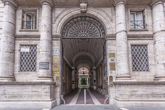 瑞吉娜焦萬娜酒店 - 羅馬 - 羅馬 - 建築
