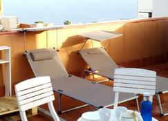 Drago Nest Hostel - Icod de los Vinos - Balcon
