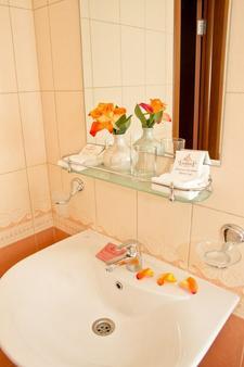 蒙施科夫酒店 - 聖彼得堡 - 聖彼得堡 - 浴室