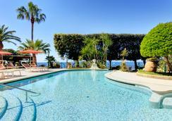安巴夏特利酒店 - 索倫托 - 索倫托 - 游泳池