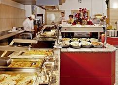 Bluesun Hotel Borak - โบล - ร้านอาหาร