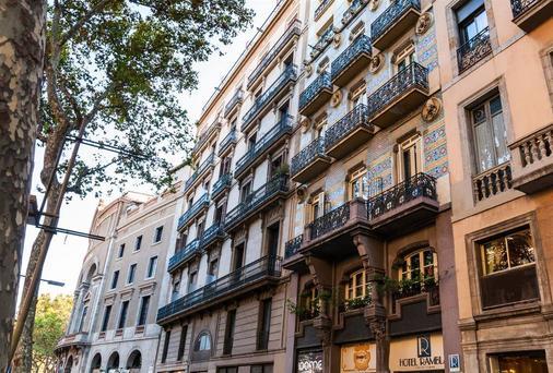 Ramblas Barcelona - บาร์เซโลนา - อาคาร