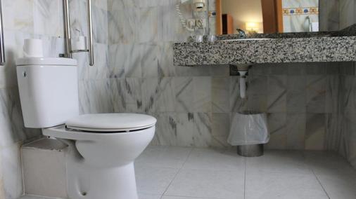 Ramblas Barcelona - บาร์เซโลนา - ห้องน้ำ