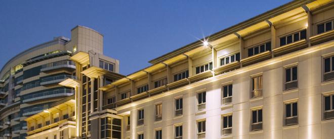 Mövenpick Hotel & Apartments Bur Dubai - Dubai - Toà nhà